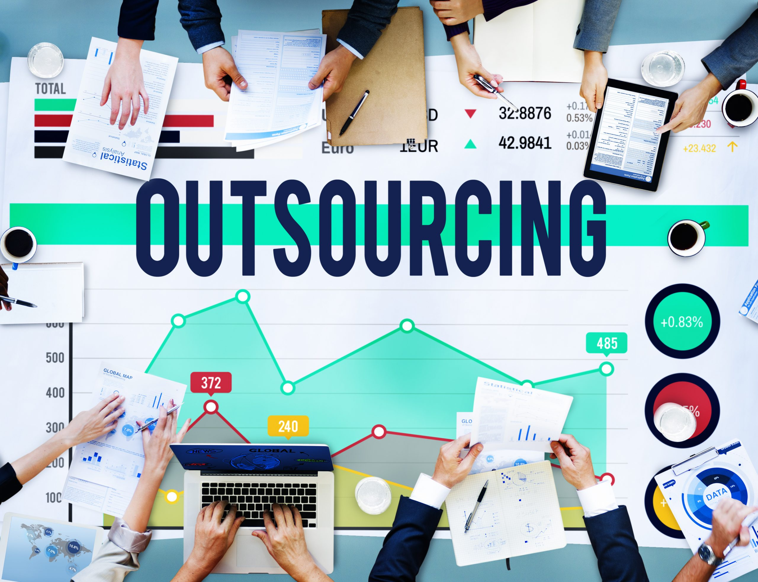 Outsource Your Marketing: 6 Things to Consider When Hiring